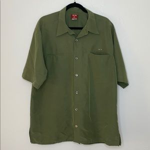 Oakley men's army green shirt sleeve shirt XL